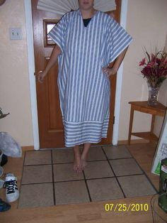 "Beach Cover-up Tutorial that is easily alterable for home wear or as a caftan / abaya. Also check out heartlandhijab.com for a list of other sites that offer FREE ""how-to"" sewing patterns for modest dress!"