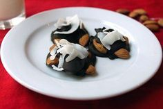 In the mood for a dessert-like snack? These dark chocolate nut clusters are made with less than five ingred...