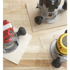 Here are 10 ways a plunge router beats a fixed-base router. Diy Router Table, Wood Router, Router Accessories, Table Accessories, Essential Woodworking Tools, Woodworking Projects, Best Jigsaw, Plunge Router, Wood Magazine
