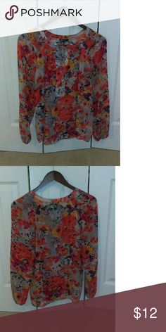Beautiful Floral Blouse Orange and Red Poppy Flower Printed Long Sleeved Floral Blouse with Front Tie. Like New! Tops Blouses