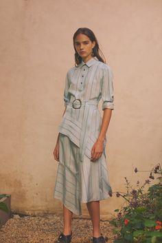 Derek Lam 10 Crosby Spring 2018 Ready-to-Wear Collection Photos - Vogue