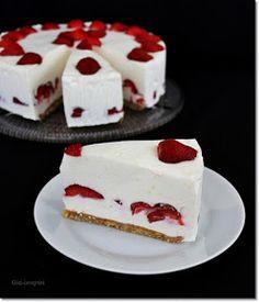 Gizi-receptjei: Fehér csokis-epres torta. (Sütés nélküli) Breakfast Recipes, Cheesecake, Food Porn, Food And Drink, Sweets, Paleo Fitness, Food Ideas, Foods, Food Food