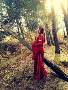Medieval renaissance fantasy dress velvet velour LOTR Arwen