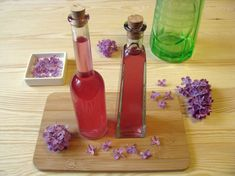 Please watch my video I made on how I make lilac syrup. How To Eat Better, Cake Recipes, Lilac, Food And Drink, Favorite Recipes, Yummy Food, Meals, Make It Yourself, Drinks