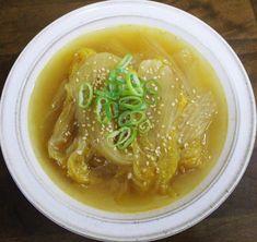 밥 두 공기 먹게 한 수미네 반찬 묵은지 볶음 만드는 방법 Cucumber Avocado Salad, Asian Recipes, Ethnic Recipes, Vegetable Seasoning, Korean Food, Kimchi, No Cook Meals, Side Dishes, Pork