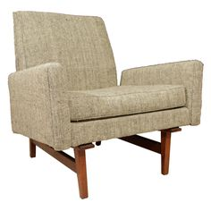 Hooker Furniture has been an industry leader for quality bedroom sets, dining room sets, living room furnishings, and home office furniture for over 90 years. Vintage Furniture, Modern Furniture, Scandinavian Furniture, Scandinavian Modern, Danish Chair, Retro Armchair, Retro Interior Design, Most Comfortable Office Chair, Industrial Dining Chairs