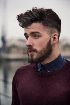 Beards are back in vogue, as well as while facial hair isn't for everyone, the most effective contemporary beard styles have really transformed the game. Discover the most effective as well as coolest beard styles for men. Beard Styles For Men, Hair And Beard Styles, Curly Hair Styles, Which Hairstyle Suits Me, Bart Styles, Pompadour Hairstyle, Beehive Hairstyle, Updos Hairstyle, Men's Pompadour