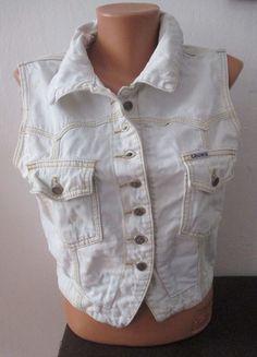 Kupuj mé předměty na #vinted http://www.vinted.cz/damske-obleceni/dzinove-bundy/11498343-dzinova-vesticka-vesta-jeans-denim