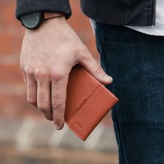 Bellroy Coin Fold in Tamarillo.