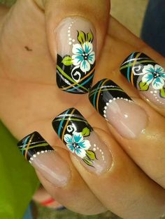 Punta negra French Nail Designs, Diy Nail Designs, Gorgeous Nails, Pretty Nails, Fingernails Painted, Cute Pink Nails, Romantic Nails, French Tip Nails, Flower Nail Art