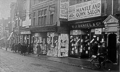 1920s view of Peascod Street, Windsor.