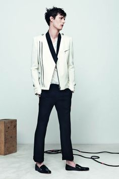 Balmain, Spring/Summer 2014 Men's Lookbook por Olivier Rousteing. /////// Balmain, Spring/Summer 2014 Men's Lookbook by Olivier ...