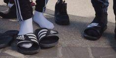 Alrima le rappeur qui a lancé la mode des gougounes-chaussettes explique le phénomène
