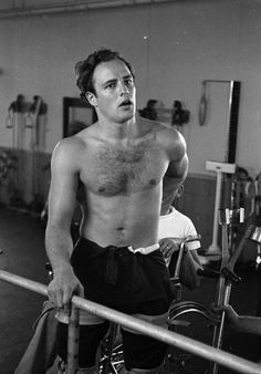 """The Perfect Man, Marlon Brando. I believe this was during preparation for his role in """"The Men. Marlon Brando, Lauren Bacall, James Dean, Steve Mcqueen, Vintage Hollywood, Classic Hollywood, Hollywood Icons, Hollywood Actresses, Rockabilly"""