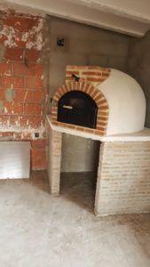 Horno de leña de Pereruela acabado en corcho proyectado fue instalado en la provincia deAlbacete en la propiedad de uno de nuestros clientes.