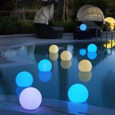 éclairage piscine boule flottante lumineuse ampoule spot led