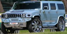 Hummer such a power packed luxury truck this is my new obsession☆★☆★ Hummer H2, Hummer Truck, Suv Trucks, Lifted Trucks, Us Cars, Sport Cars, Gta, Cadillac, Hammer Car