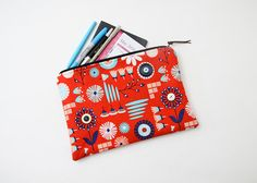 Large Zipper Bag / Makeup Bags / Handmade Bag / Bags / Zipper Pouch / Vintage Buttons / Diaper Bag / Cosmetic Bag / Pens / Bag Organizer