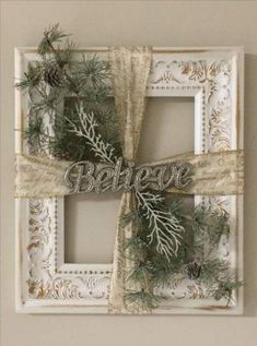 Cherry wood picture frame ideas - DIY and crafts - picture frames CRAFTS DI .Cherry wood picture frames ideas - DIY and crafts - picture frames CRAFTS DIY Ideas KirschholzPrimitive Country Christmas Decorations Christmas Picture Frames, Picture Frame Crafts, Picture On Wood, Wood Picture Frames, Picture Frame Wreath, Decorating With Picture Frames, Window Frame Crafts, Wood Photo, Rustic Christmas
