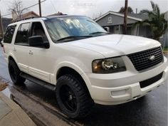 2005 Ford Expedition 20x10 -25mm Toxic Widow Lincoln Aviator, Ford Excursion, Ford Expedition, Ford Explorer, Ford Trucks, Custom Cars, Cool Cars, Garage, Ideas