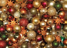 Christmas Balls (1000 Piece Puzzle by Cobble Hill)