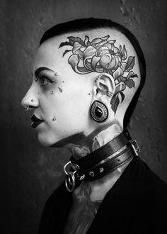 Dope Tattoos, Head Tattoos, Black Tattoos, Girl Tattoos, Piercing Tattoo, Piercings, Corset Tattoo, Scalp Tattoo, Face Tattoos For Women