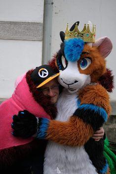 Awww I found a human!  Snuggles snuggles snuggles :3  Photographer: Good Wolf   #fursuit #drapi #drapigney #kingofpigs #furry #furrystationbreclav #Majky #snuggles #Overwatch #blizzard