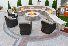 "Acquire excellent suggestions on ""fire pit flagstone"". They are offered for you on our site. Brick Patios, Patio Design, Fire Pit Seating Area, Fire Pit Seating, Backyard Landscaping Designs, Fire Glass, Backyard Seating Area"