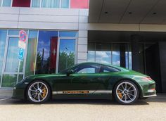 Andreas Preuninger's British Racing Green 911 R . . awesome