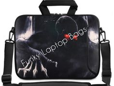 Make a good choice on funky laptop bags so that you can carry your precious device with great style and comfort. Let us shop now!