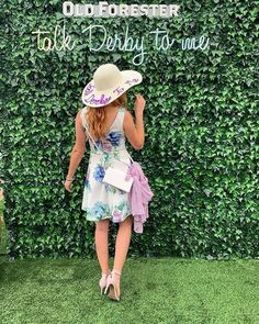 Dress up and add style and elegance to your derby outfit with this fabulous hand embellished Talk Derby to Me Kentucky Derby sequin hat. Kentucky Derby Fashion, Kentucky Derby Hats, Melbourne Cup Fashion, Derby Outfits, Wide Brim Sun Hat, Derby Day, Custom Hats, Hats For Women, Dress Up