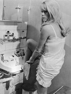 Catherine Deneuve dans le film « Repulsion » réalisé par Roman Polansky en 1965.