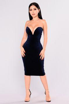 309fb733c Karah Velvet Dress - Navy. Vestidos CoctelCoctelesVestidos De DiscotecaVestidos  Para ...
