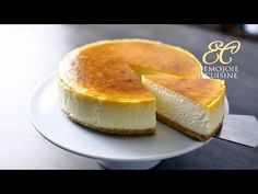 "Recipe: How to Make New York Cheesecake From Scratch! Step by Step Recipe Tutorial for ""New York Style"" Cheesecake: the BEST, rich and creamy, delicious cake. Easy Mini Cheesecake Recipe, Original Cheesecake Recipe, Mango Cheesecake, Chocolate Cheesecake Recipes, Best Cheesecake, Homemade Cheesecake, Japanese Cheesecake, Cotton Cheesecake, Cheesecake Recipes"