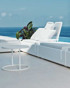 Purity And Elegance Define The Innovative And Sculptural Modern Outdoor  Furniture By Vondom.