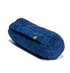 De VETSAK Noodle is een ideaal nekkussen die je een optimale ondersteuning biedt voor nek en hoofd. De Noodle Cord Velours is speciaal ontworpen voor wat extra comfort, wanneer u zit in uw VETSAK zitzak. Combineer deze leuke blauwe VETSAK accessoire met een groene VETSAK FS600. Een leuk lounge meubel voor de kinderkamer.