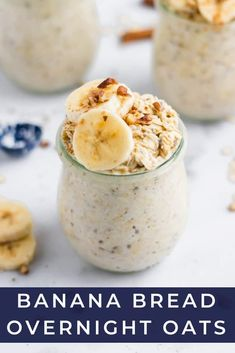 Banana Bread Overnight Oats - Lemons Zest Just like banana bread straight from the oven, but with barely any effort, these Banana Bread Overnight Oats are breakfast you can wake up to--literally, because they are waiting for you in the morning! Raw Dessert Recipes, Oats Recipes, Raw Food Recipes, Mexican Food Recipes, Breakfast Recipes, Breakfast Ideas, Freezer Recipes, Drink Recipes, Breakfast Healthy