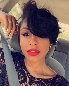 #repost Gorgeous short hair girl 😍 beautiful  lips color 💋💄 #shorthair #pixiecut