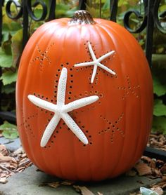 Starfish Pumpkin by HGTV Garden. Featured on CC:  http://www.completely-coastal.com/2014/09/coastal-autumn-nautical-pumpkins.html