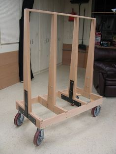 Need advice on plywood cart [Archive] - Sawmill Creek Woodworking . Lumber Storage Rack, Plywood Storage, Lumber Rack, Tool Storage, Woodworking Workshop, Woodworking Wood, Woodworking Projects, Welding Projects, Wood Shop Projects