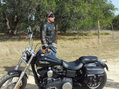Me and my streetbob taking a break