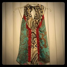 The limited top Beautiful fabric design perfect condition top The Limited Tops Blouses