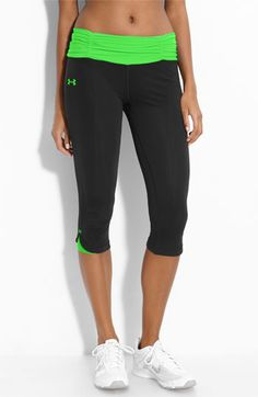 Under Armour 'shatter II' capris. Come in practically every color. Also known as the no more muffin top capris! Cute Athletic Outfits, Cute Gym Outfits, Sport Outfits, Athletic Wear, Athletic Clothes, Workout Attire, Workout Wear, Workout Capris, Workout Style