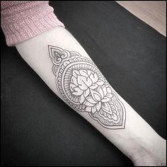 """Gellys Tattoo no Instagram: """"Trabalho feito pelo artista Marcio Poeta. Rua Nova Cidade, 560 Vila Olímpia - SP (11)2364-3010 contato2@gellystattoo.com.br ❗️Você também pode acompanhar os tatuadores das unidades @gellystattoo_vilamadalena @gellystattoo_senior @gellystattoo_quathro -"""""""