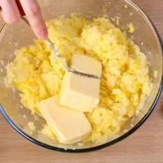 pomme de terre, beurre demi-sel, jaune d'oeuf, Fromages, muscade, Fromages, Sel, poivre