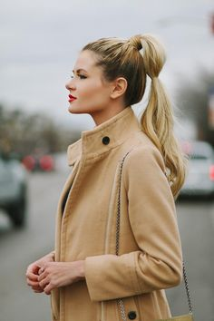 { cute ponytail with a twist }