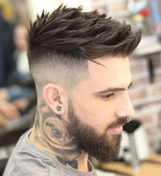 Best Fade Haircuts, Stylish Short Haircuts, Mens Hairstyles With Beard, Quiff Hairstyles, Cool Hairstyles For Men, Hair And Beard Styles, Haircuts For Men, Hair Styles, Hair Style For Men