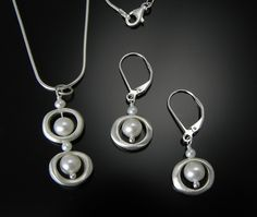 Jewelry by Philippa Roberts at Smith Galleries - PRO N889S, E888S