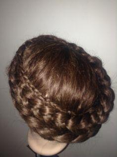 Halo Crown Hair Plaits For Long Hair .