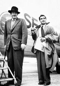 Steinbeck y Capa al comienzo de su viaje a la URSS, en julio de 1947. Genial dupla periodística